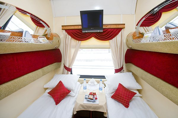 Imperial russia trans siberian train for Trans siberian railway cabins