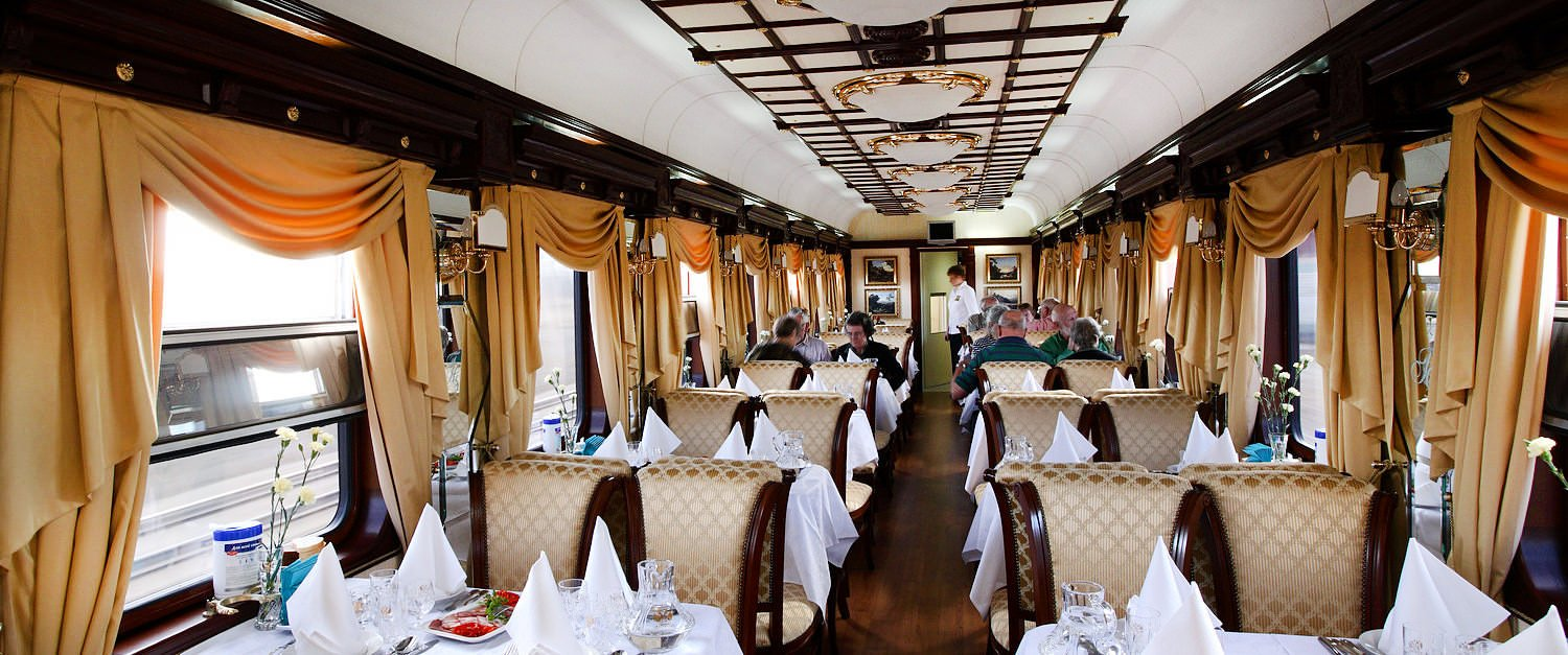 The golden eagle luxury trans siberian train for Trans siberian railway cabins