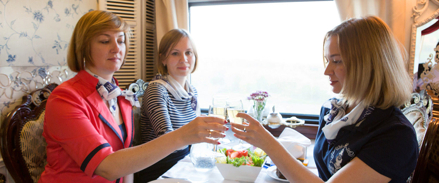Imperial Russia Train Dinner