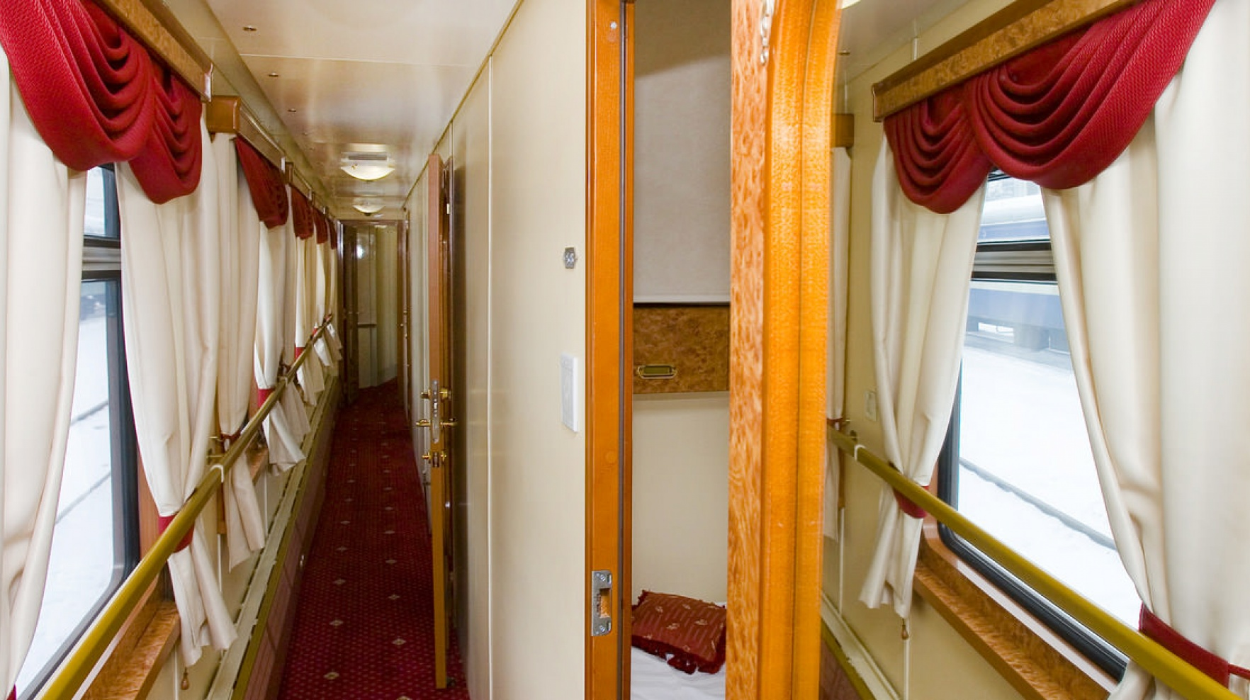 Imperial Russia Train Corridor