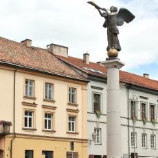 Vilnius Statue